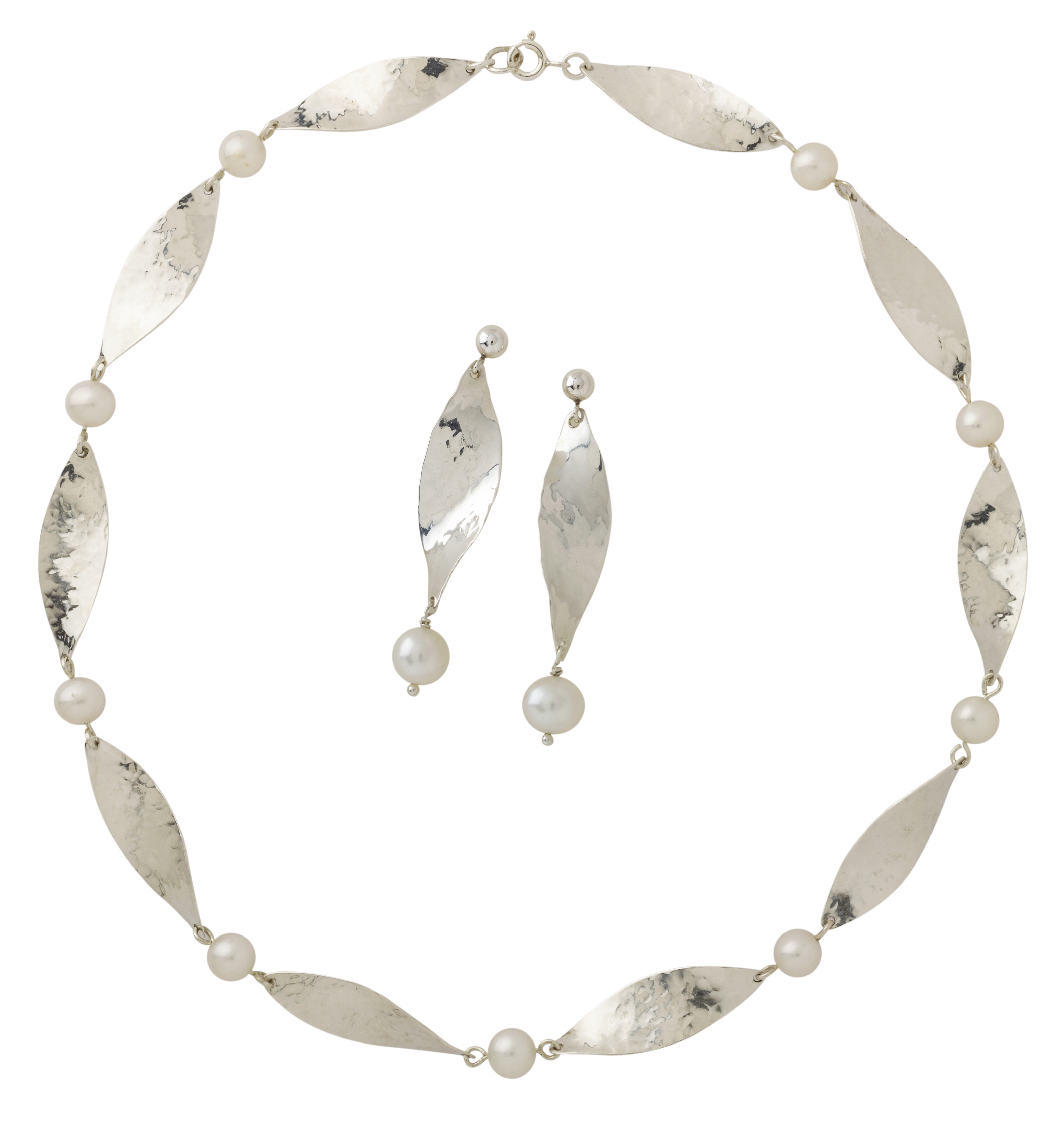 MargaretMims Silver petal necklace and earrings 300dpi