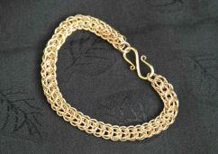 gold pondweed necklaceweb